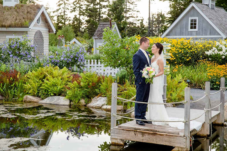Lexi matt photography l and j 39 s wedding pictures at - Botanical gardens boothbay harbor maine ...